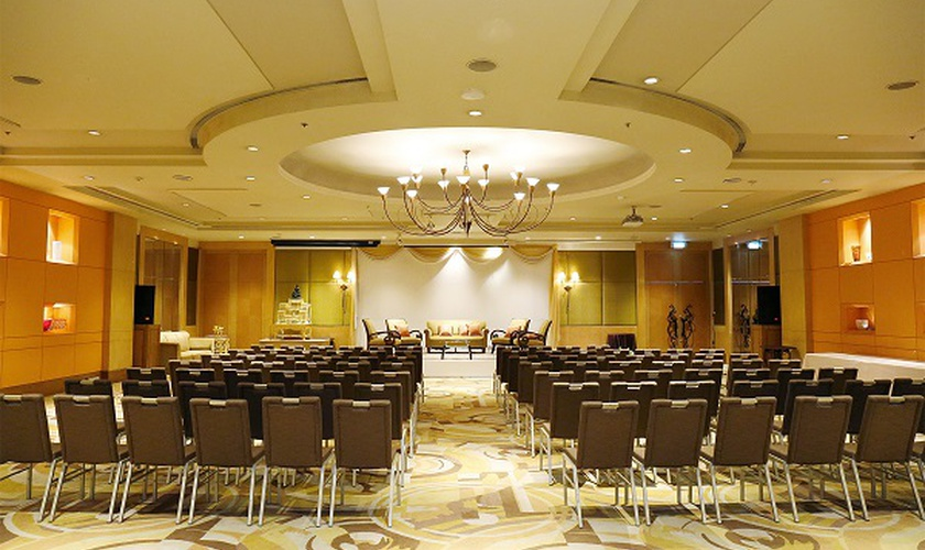 Venus miracle grand convention hotel bangkok
